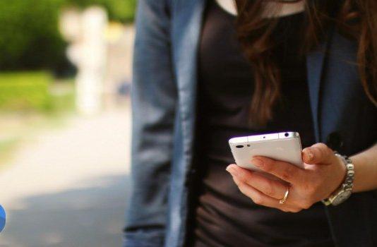 top smartphones under 10000