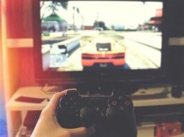 Play gta 5 in story mode